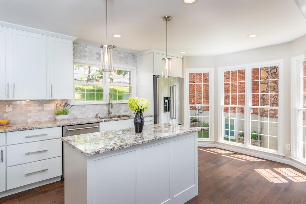 Real Estate Kitchen Contemporary